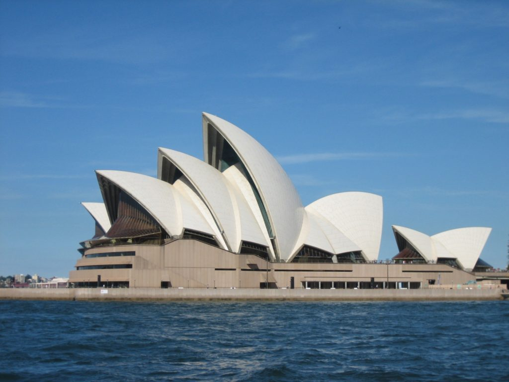 sydney-opera-house-137373412336L